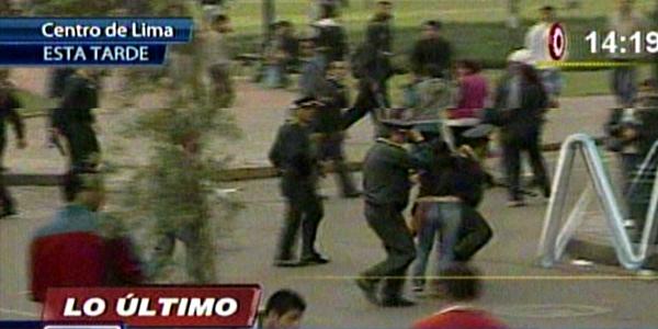 Marcha #27J: Cuatro detenidos tras enfrentamientos entre manifestantes y policías