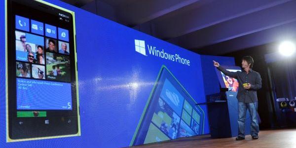 Microsoft compró patentes móviles a Nokia por 7.200 millones de dólares