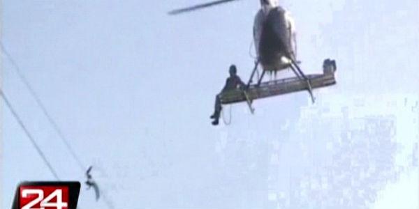 EEUU: helicóptero salvó a una gaviota atrapada en un cable de alta tensión