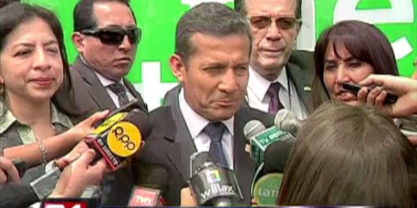 Humala niega que haya cometido infracción constitucional al viajar a Paris