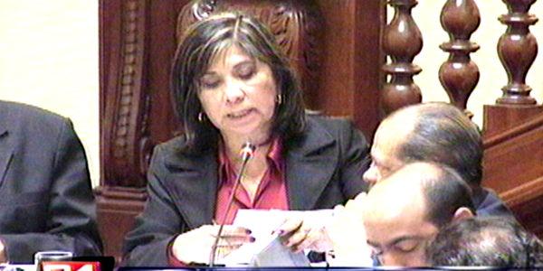 Martha Chávez: Sigo siendo coordinadora del grupo de Derechos Humanos