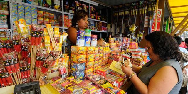 Solo 10 ferias en Lima están autorizadas para la venta de juegos pirotécnicos