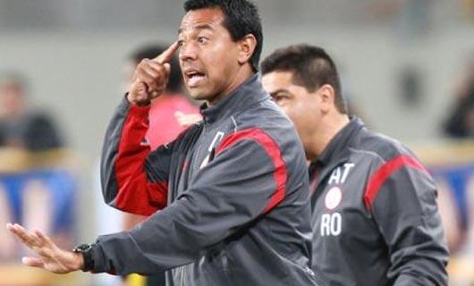 """Nolberto Solano: """"el gran éxito de este equipo es la fortaleza"""""""