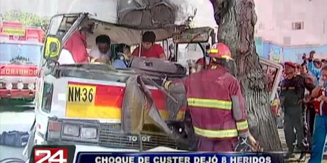 Al menos ocho heridos tras accidente de tránsito en la avenida Arequipa