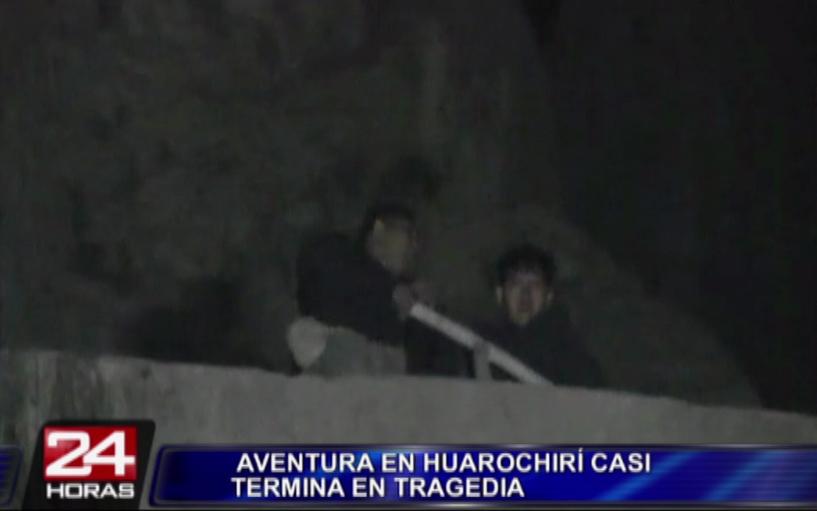 Policías rescataron a jóvenes atrapados en 'Cañón de la Muerte' en Huarochirí