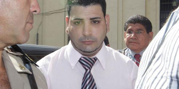 Rey Nieves dice que es inconstitucional que no le permitan regresar al Perú