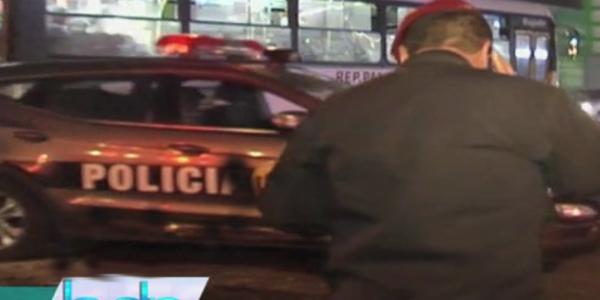 Choque entre patrullero inteligente y auto particular dejó dos heridos en Surquillo