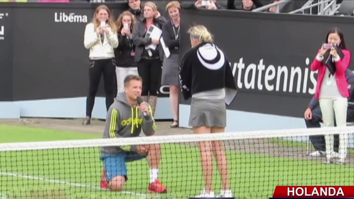 VIDEO: tenista recibió propuesta de matrimonio luego de ganar partido