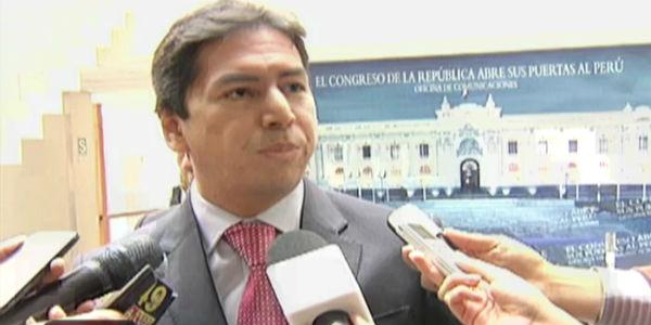José Miguel Castro: Despido de Sifuentes no fue orquestado entre la alcaldesa y el contralor