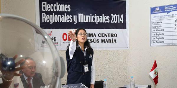 ONPE eligió a más de 500 mil miembros de mesa para elecciones de octubre