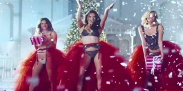 Angelitas de Victoria´s Secret en sensual video por Navidad