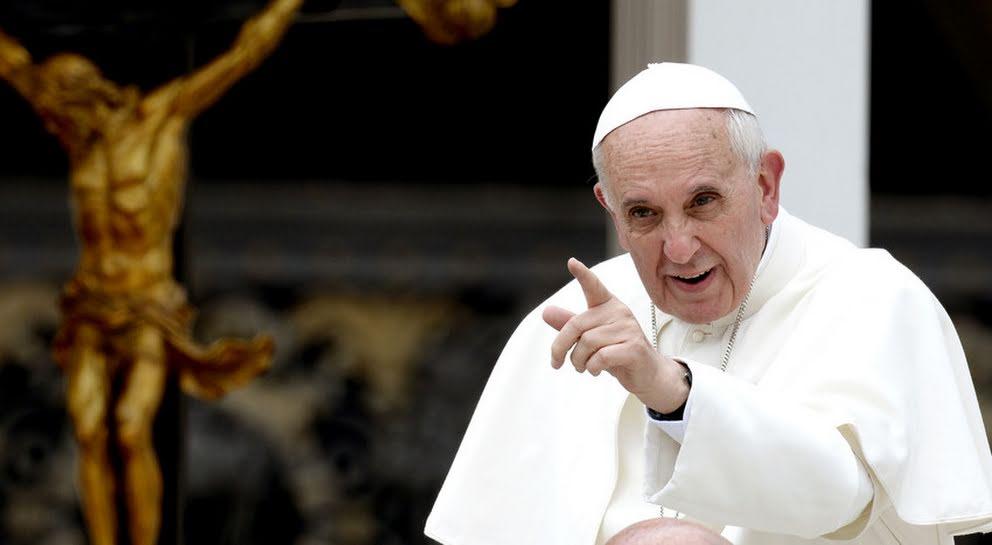 Papa Francisco crea tribunal para juzgar a obispos en casos de pederastia