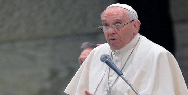 Papa Francisco pide el fin de la violencia en África y Oriente Medio