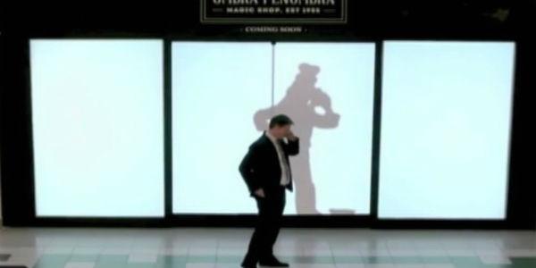 Personajes  de Disney sorprenden a clientes de centro comercial con sus sombras