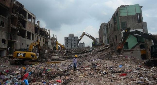 Derrumbe en fábrica deja siete muertos y 53 heridos en Bangladesh