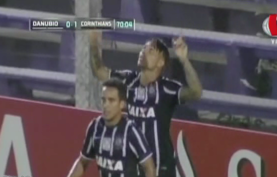 Paolo Guerrero se convirtió en el máximo goleador extranjero de Corinthians