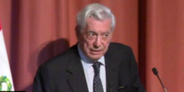 Mario Vargas Llosa recibe Medalla de Oro de la Comunidad de Madrid