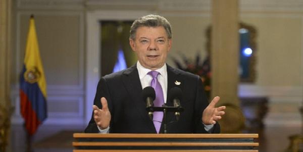 Juan Manuel Santos rechaza sanciones de Estados Unidos a Venezuela