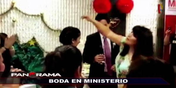 Boda en el Ministerio de la Mujer: fiesta en gestión de Carmen Omonte