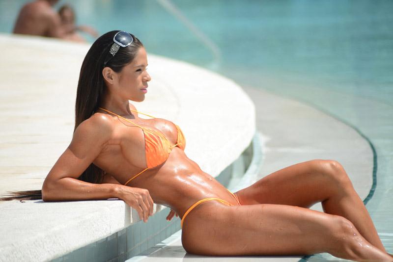 FOTOS : conoce a Michelle Lewin, la 'diosa del fitness' que se encuentra en Lima