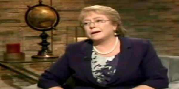 Michelle Bachelet pide renuncia de ministros y anuncia cambios en su gabinete
