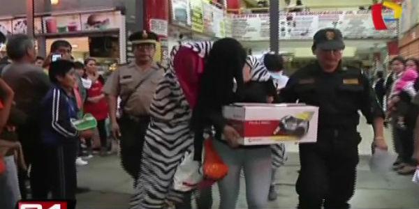 Intervienen prostíbulo clandestino en galería del Centro de Lima