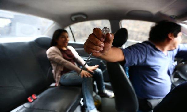 Alerta usuarios: importantes recomendaciones al tomar un taxi
