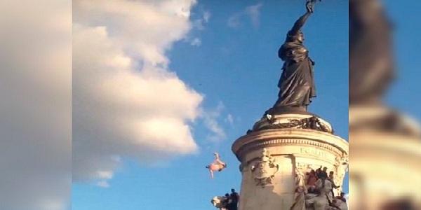Francia: joven muere tras caer de estatua en evento musical
