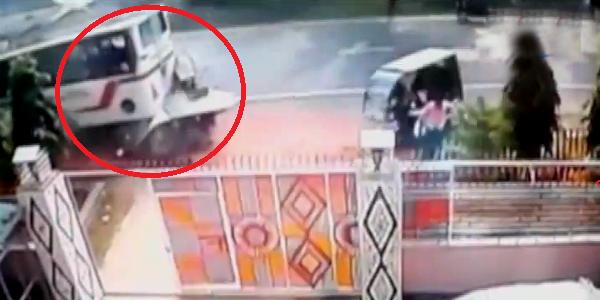 Bangladesh: siete muertos tras fatal accidente provocado por bus de pasajeros