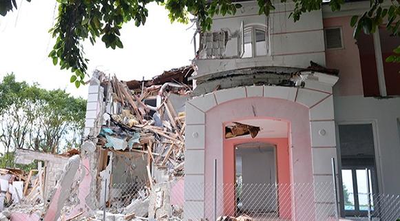 EEUU: demuelen lujosa mansión de Pablo Escobar