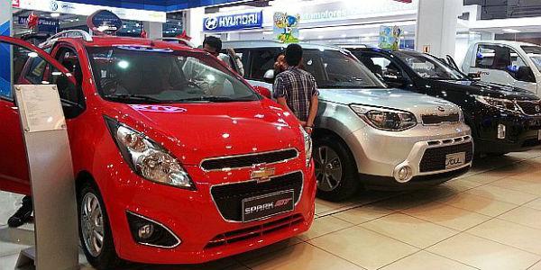 Peruanos optan por pedir créditos en soles al momento de comprar vehículos