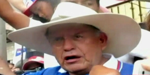 Tumbes: César Acuña dice desconocer supuesta renuncia de rector de la UCV