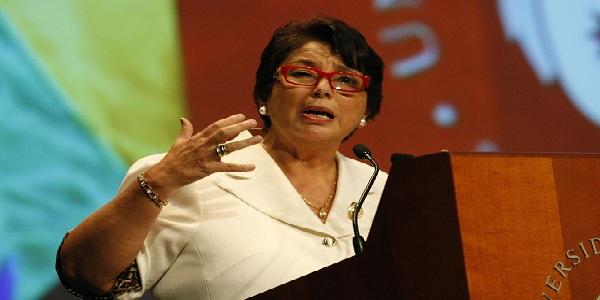 Congresistas esperan que Beatriz Merino renuncie a la UCV