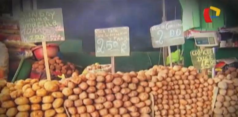 Comerciantes hacen su 'agosto': suben precios de alimentos en mercados