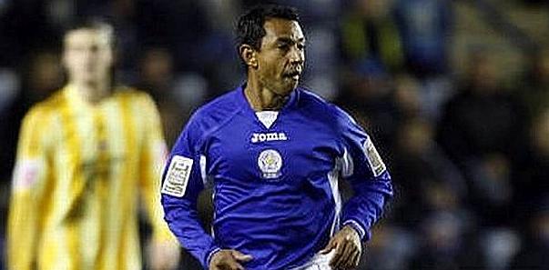Revive el paso de Solano por el sorprendente Leicester City
