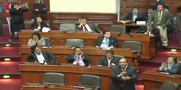 Pleno aprueba por insistencia retiro del 25% de fondos de AFP para vivienda