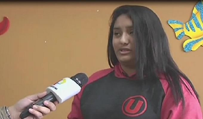 Joven hincha pide ayuda para identificar a policía que la agredió