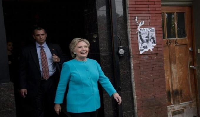 FBI descarta denunciar a Hillary Clinton por caso de correos electrónicos
