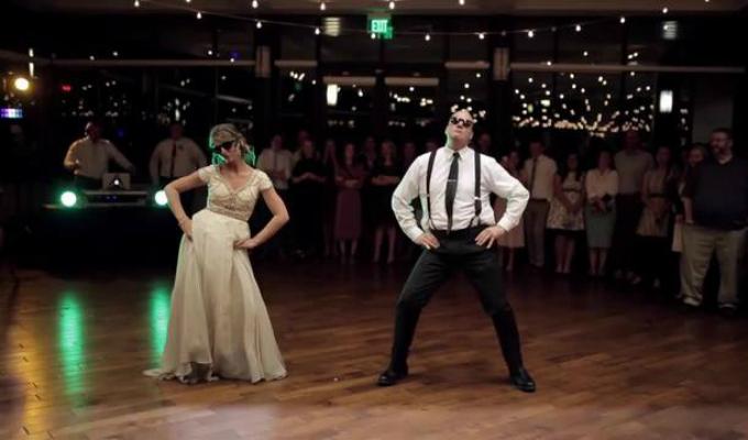 Increíble coreografía de novia y su padre causa sensación en redes