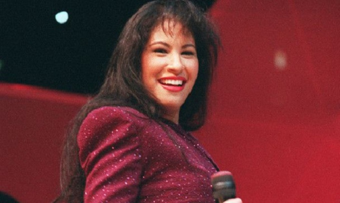 Padre de Selena Quintanilla demanda al viudo de la cantante