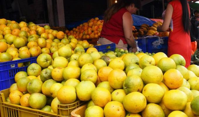 Mercado de Frutas: suben precios del mango, papaya y naranjas
