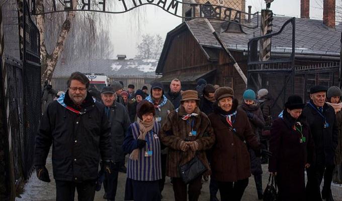 Polonia conmemora el 72 aniversario de la  liberación de Auschwitz