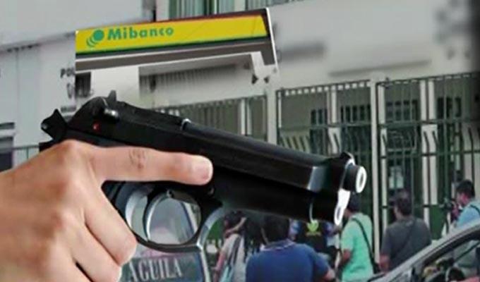 Delincuentes asaltan agencia bancaria en Chorrillos y vigilante resulta herido