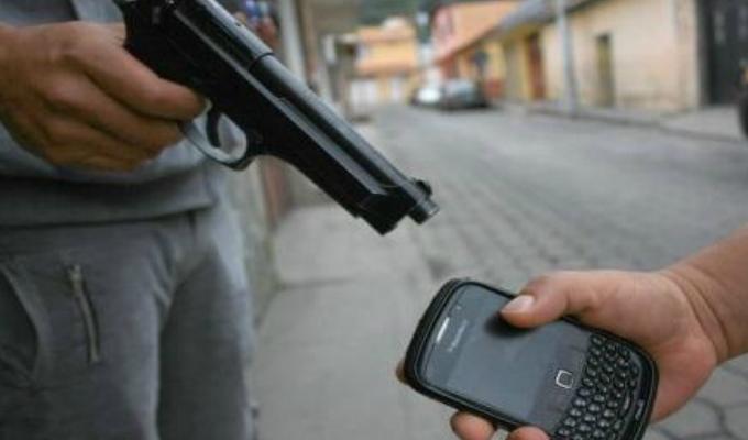 SJM: adolescente fue herido de bala por resistirse al robo de su celular