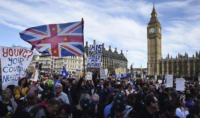 Miles de personas marcharon contra el Brexit en Londres