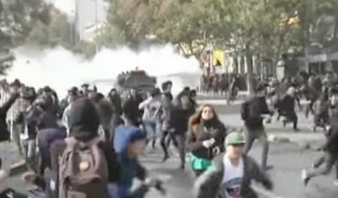 Chile: se registró violenta manifestación estudiantil en Santiago