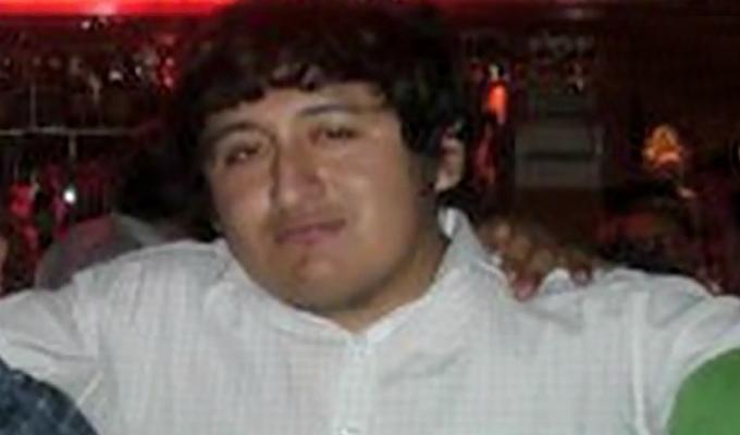 SMP: investigan extraña muerte de hombre baleado en su auto