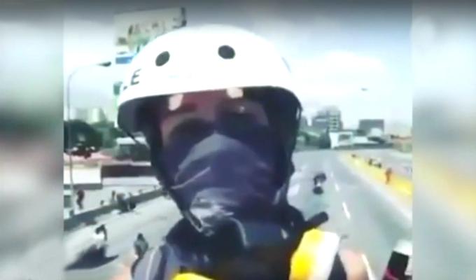 Venezuela: difunden video de joven de 17 años asesinado durante protesta
