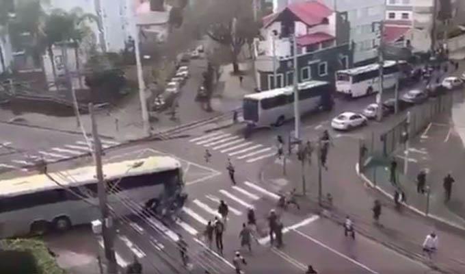 Brasil: un muerto y 7 heridos deja pelea entre hinchas del Coritiba y Corinthians