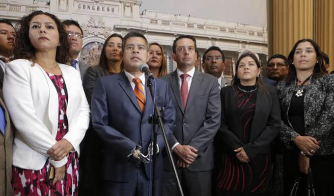 Fuerza Popular se opone a enviar comisión de congresistas a Uruguay